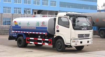 国五东风多利卡8吨洒水车图文详细
